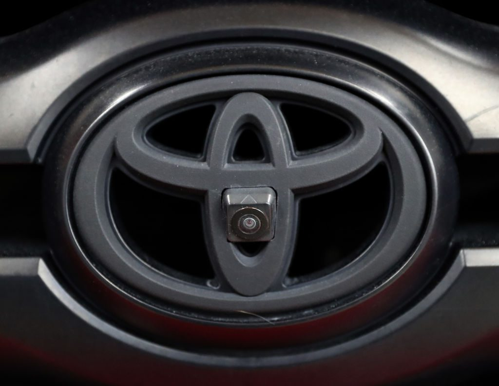 Toyota aftermarket camera