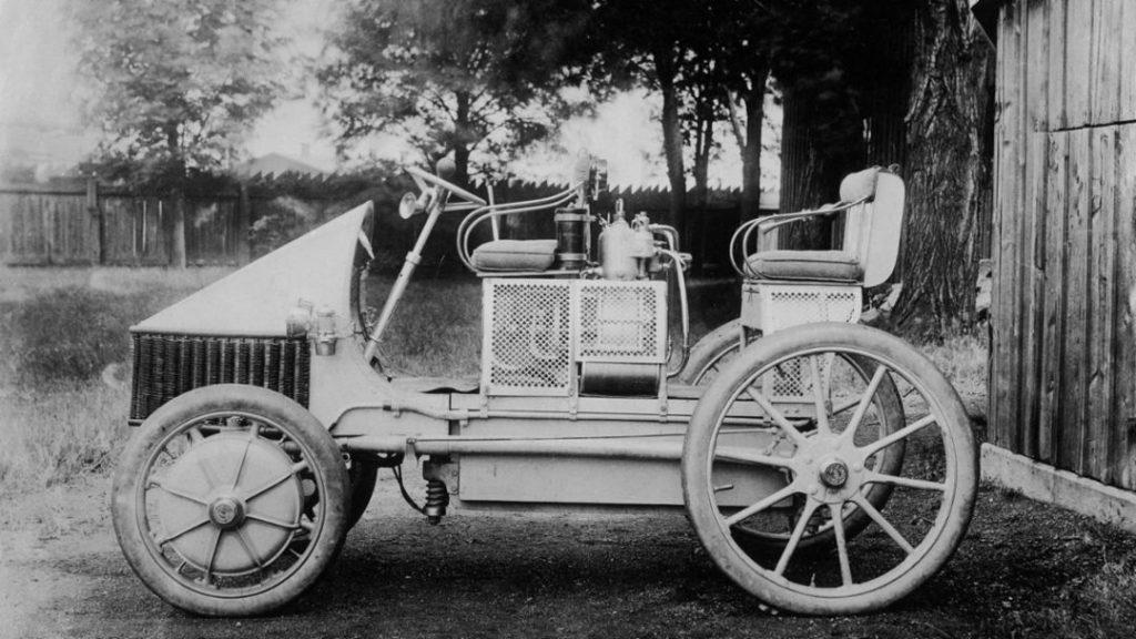 1900 Lohner-Porsche Semper Vivus hybrid