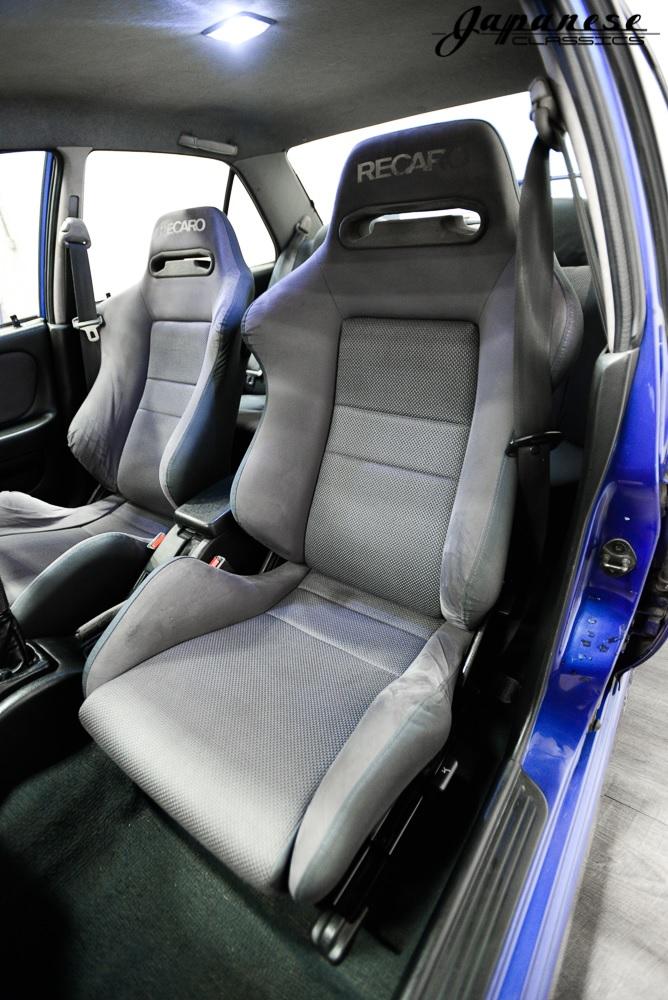1995 Mitsubishi Lancer Evo III seats