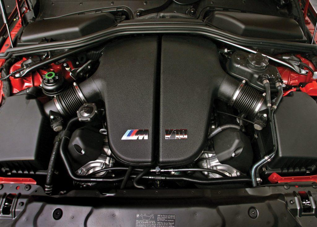 2007 BMW M5 E60 engine bay