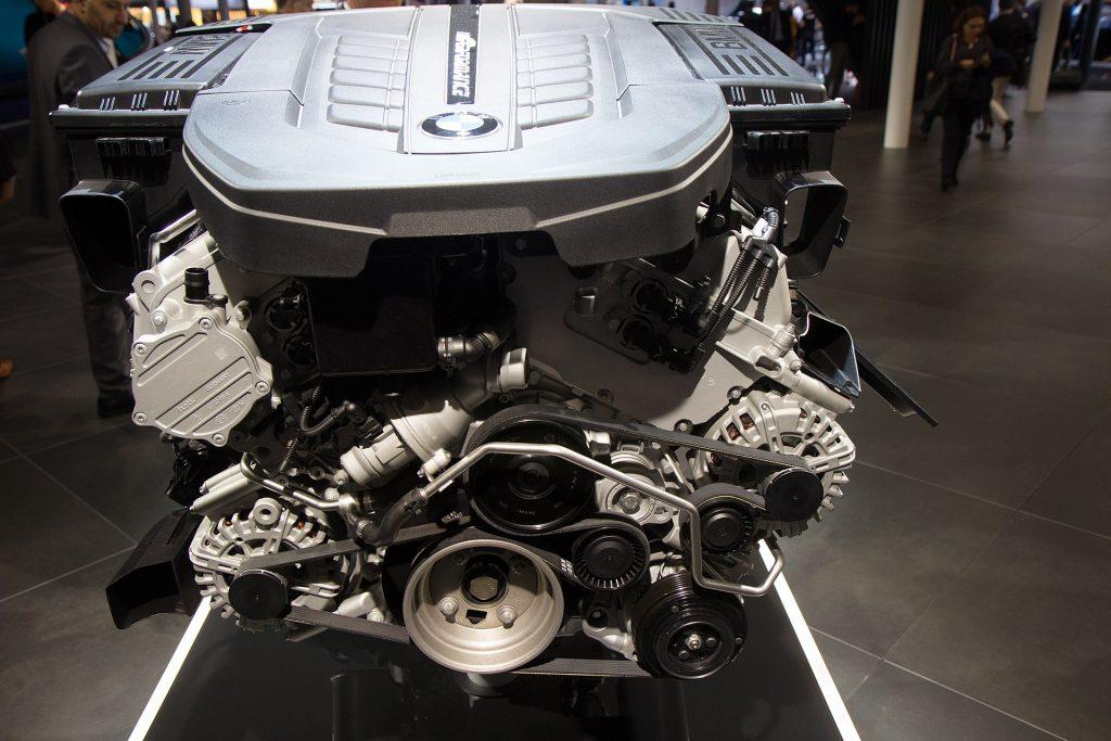 2020 BMW V12 | BMW