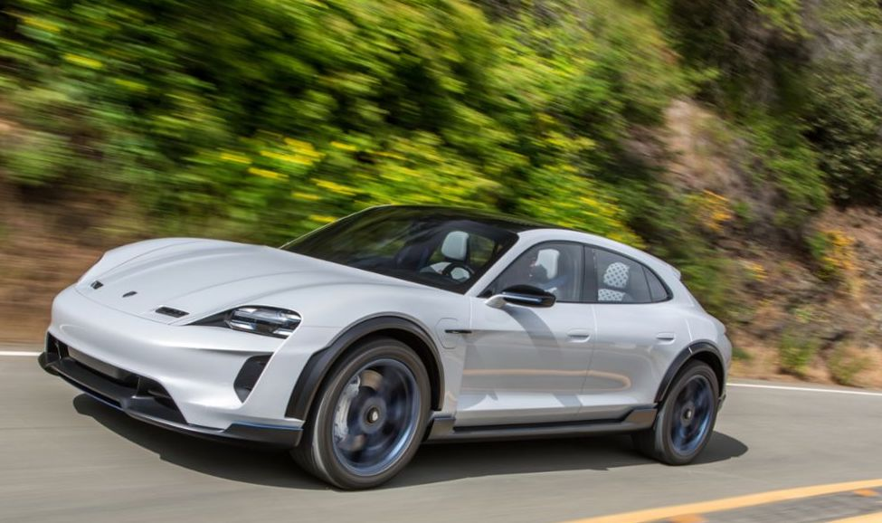 2021 Porsche Taycan Cross Turismo | Porsche