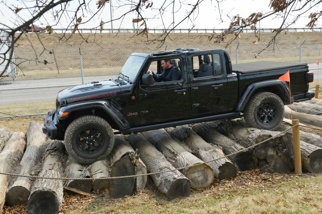 Jeep Gladiator Off Roading