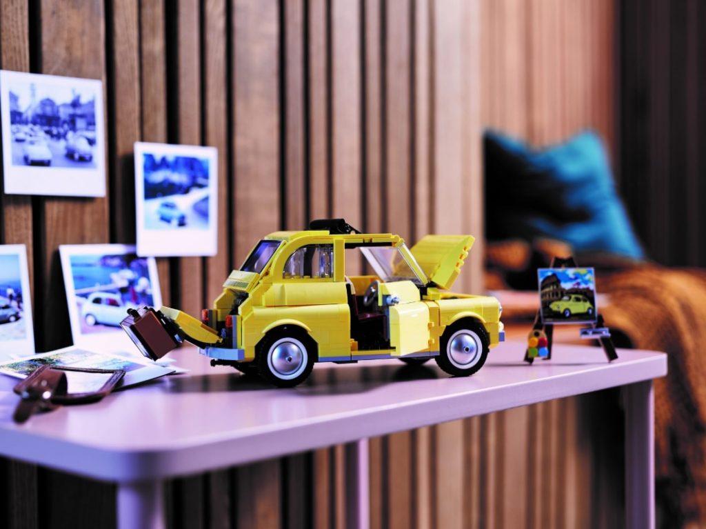 Lego Fiat 500 side unfolded
