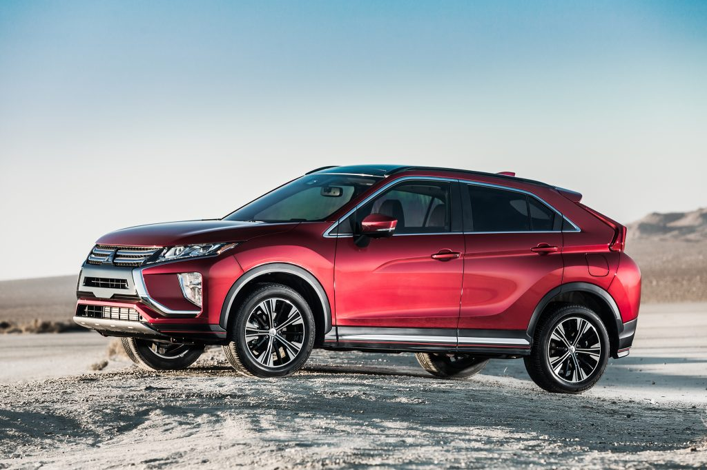 2018 Mitsubishi Eclipse Cross driving in snow