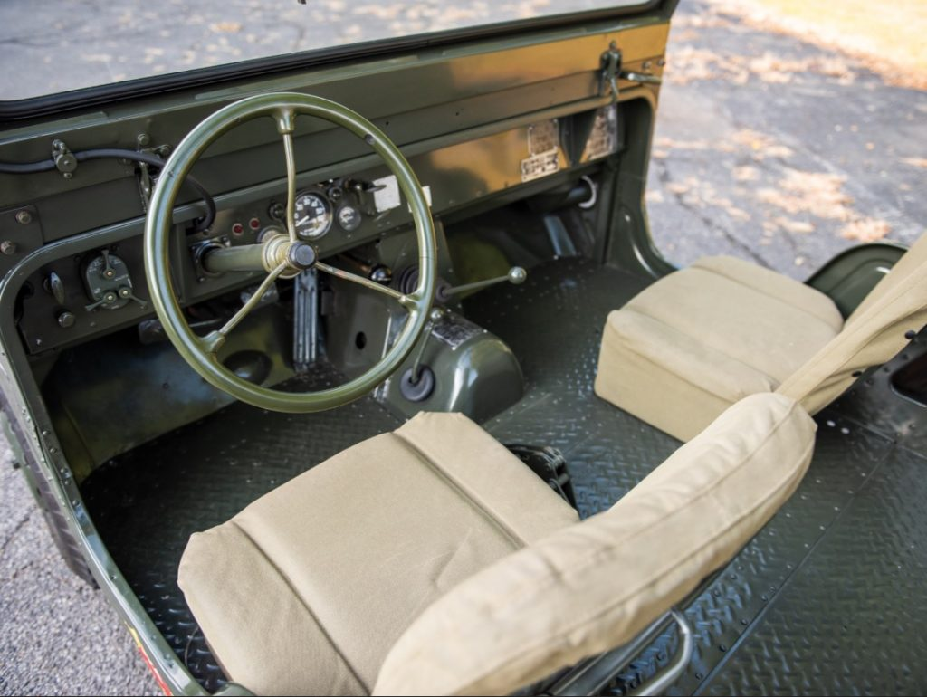1963 AMC Mighty Mite M422A1 interior