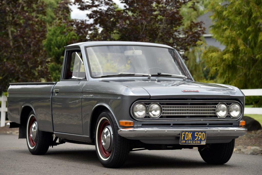1968 Datsun 520 truck
