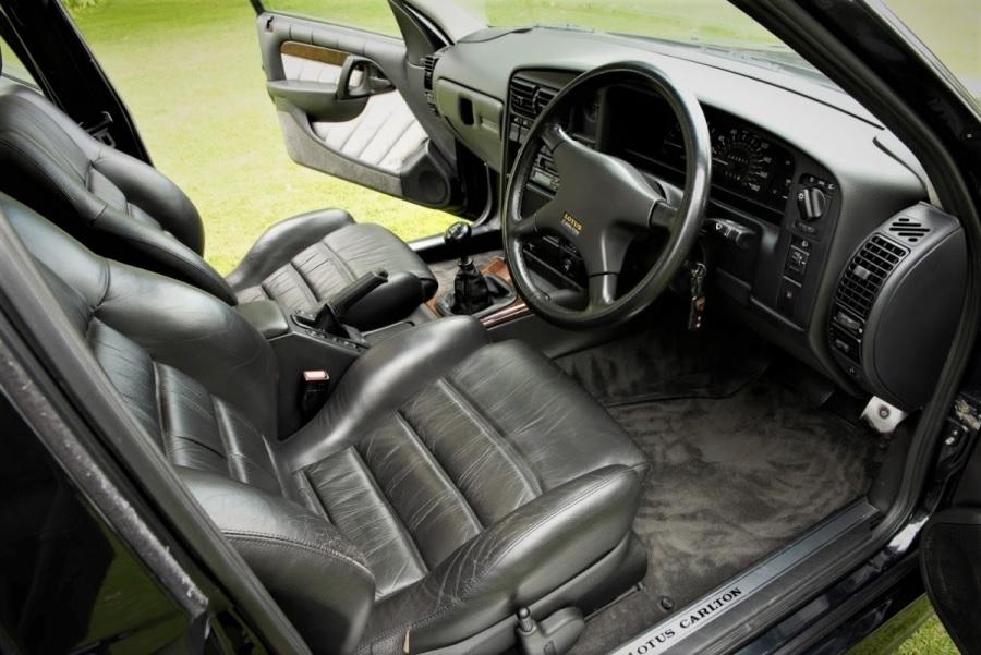 1993 Vauxhall Lotus Carlton interior