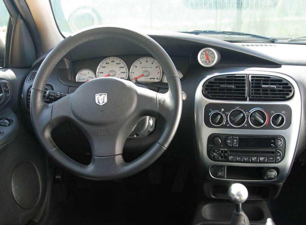 2003 Dodge Neon SRT-4 interior