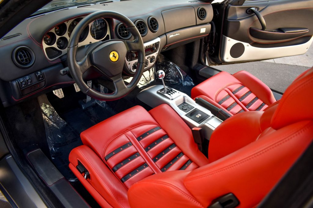 2004 Ferrari 360 Modena interior
