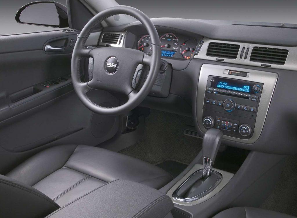 2006 Chevrolet Impala SS interior