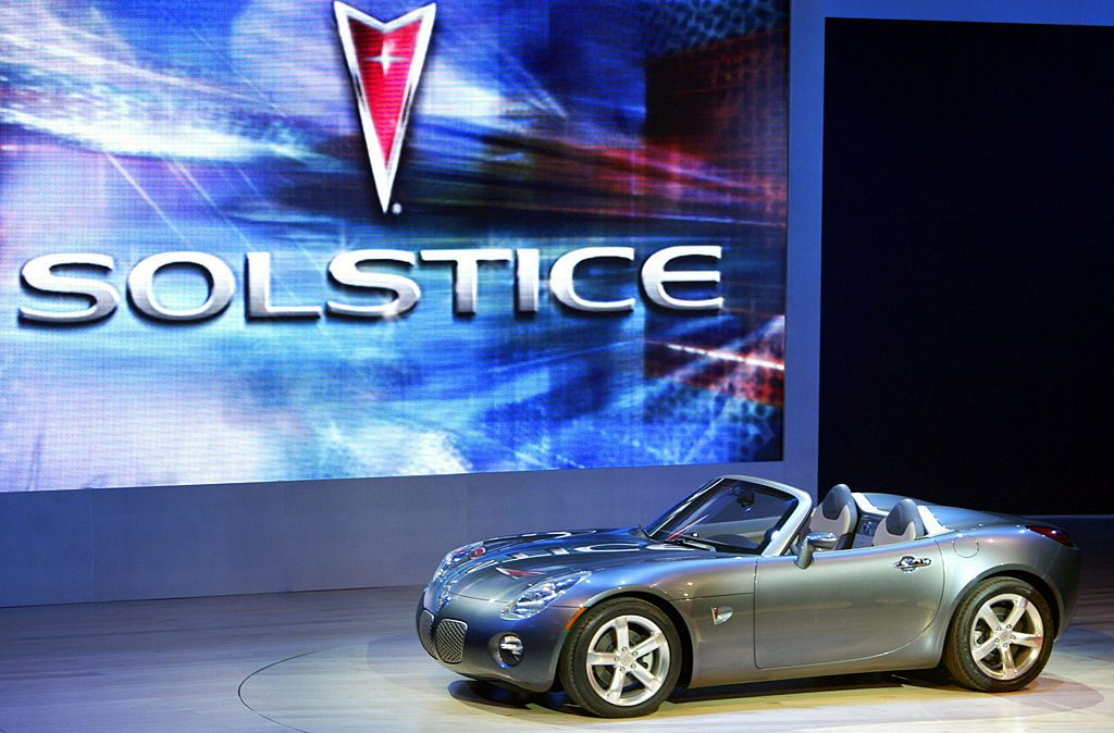 2006 Pontiac Solstice on stage for its Debut