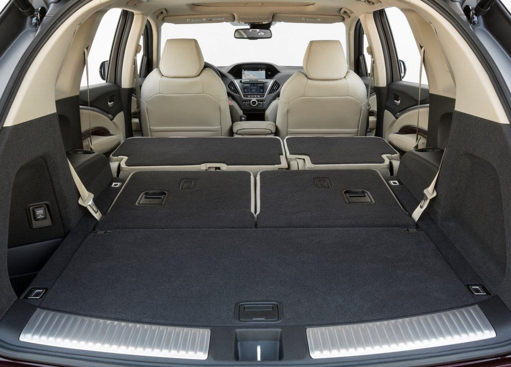 2014 Acura MDX cargo space