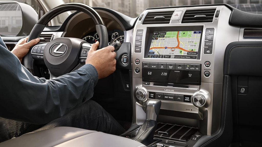 Front row seats of the 2020 Lexus GX
