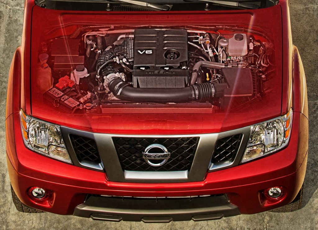 2020 Nissan Frontier engine detail