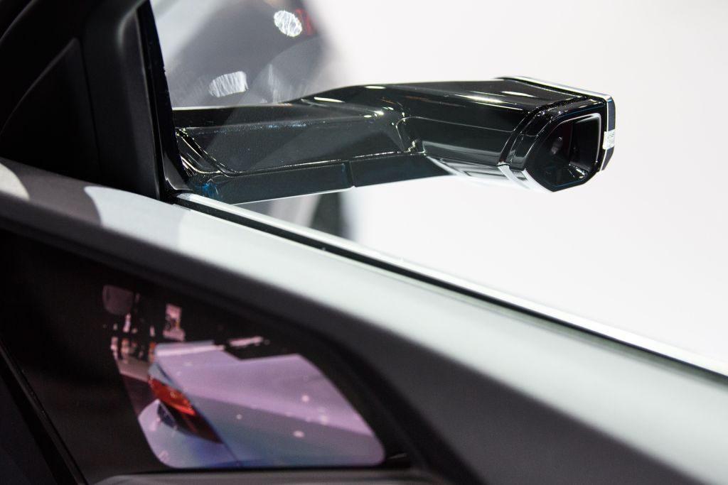 Audi E-Tron 55 sideview camera