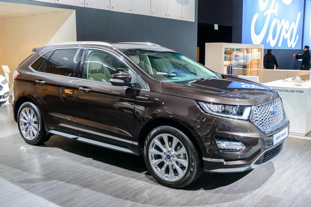 Ford Edge vignale midsize crossover luxury suv front view on display at Brussels Expo
