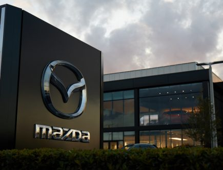Mazda Offers Free Auto Services to Health Care Workers
