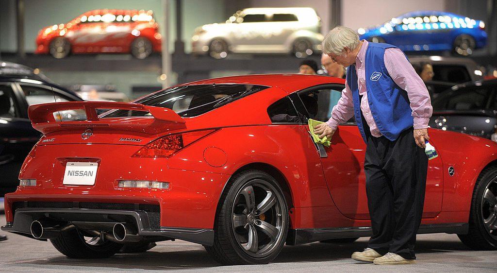 Wayne Williams shines a cherry red Nissan 350Z NISMO