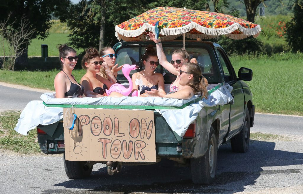 Mobile Pool Tour