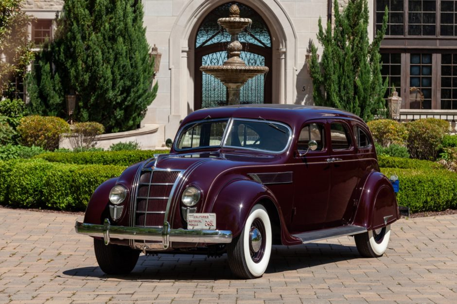 1935 Chrysler Imperial Airflow