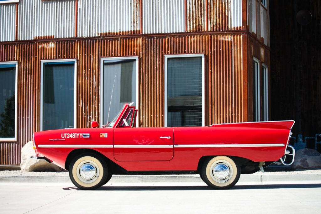 1964 Amphicar side