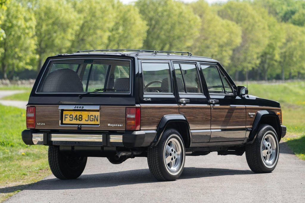 1989 Jeep Cherokee Wagoneer Limited rear