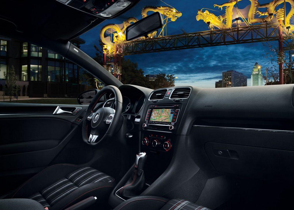 2010 Mk6 Volkswagen GTI interior
