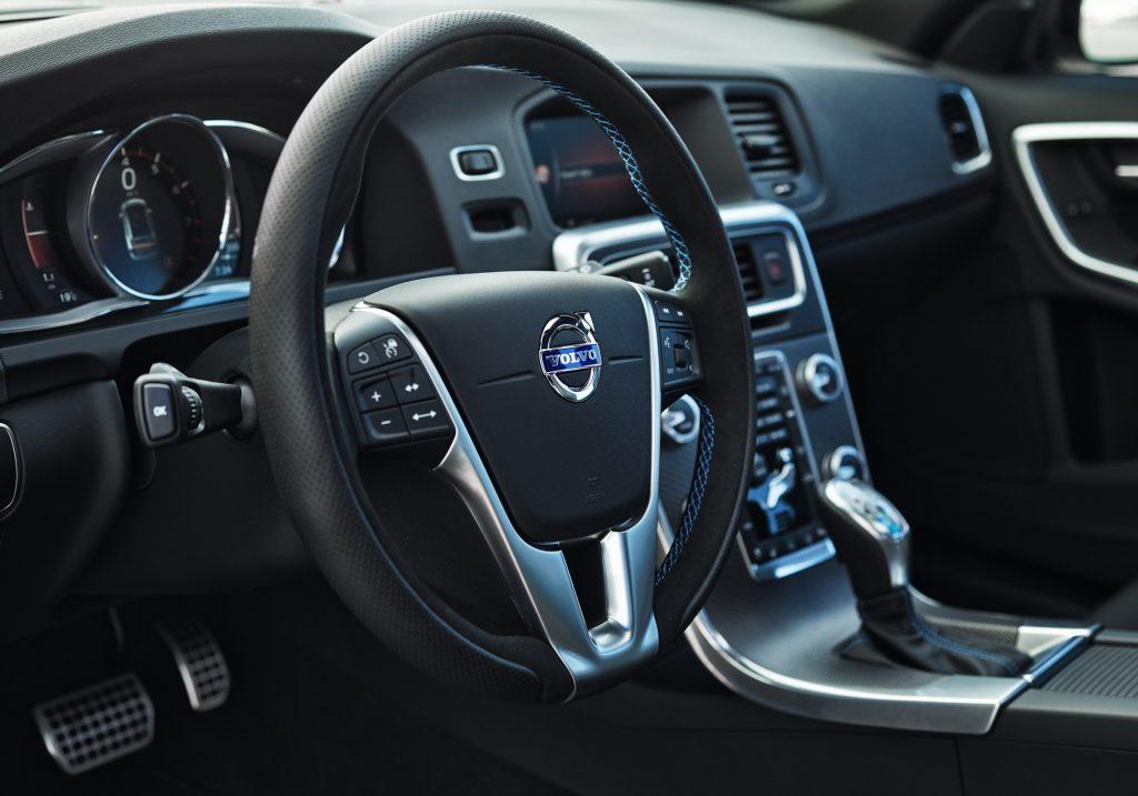 2018 Volvo V60 Polestar interior