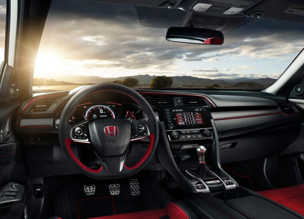 Black-and-red interior of the 2020 Honda Civic Type R