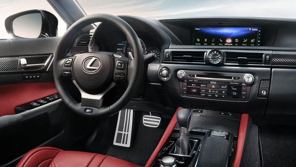 2020 Lexus GS F center console