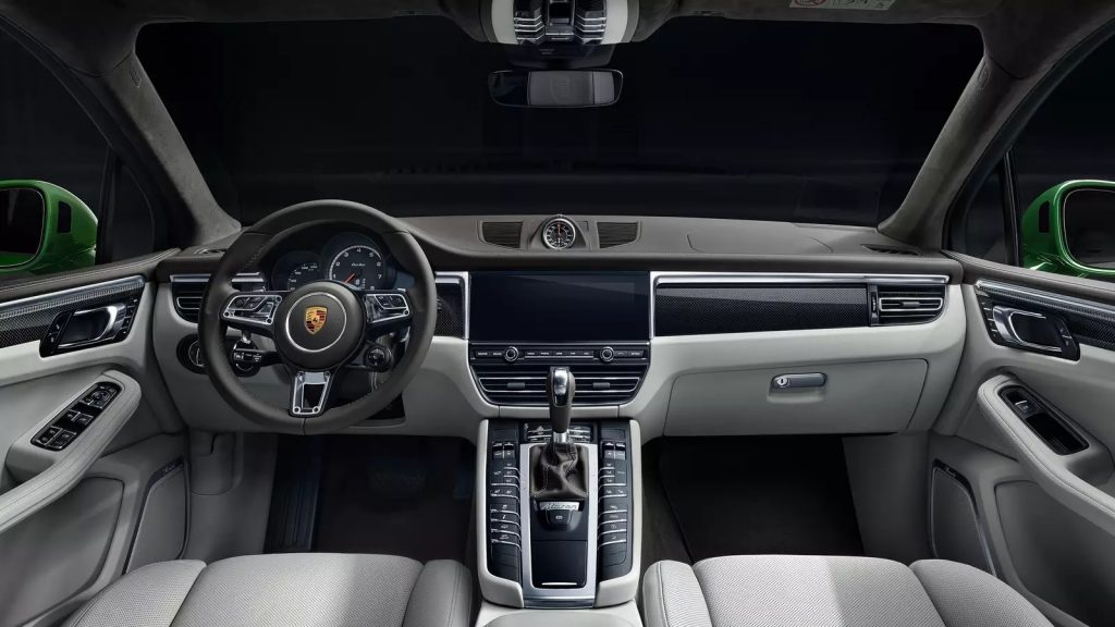 2020 Porsche Macan Turbo interior