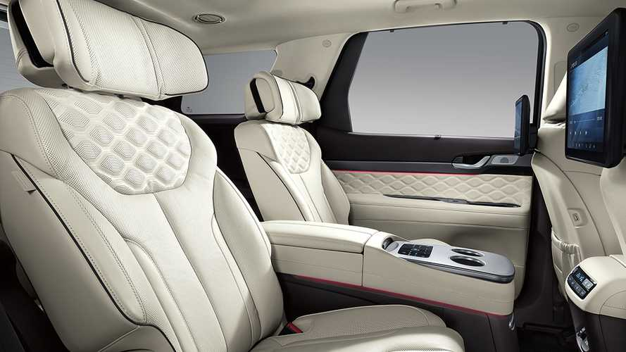 executive seating in the calligraphy VIP package that is not available in the US version of this crossover SUV