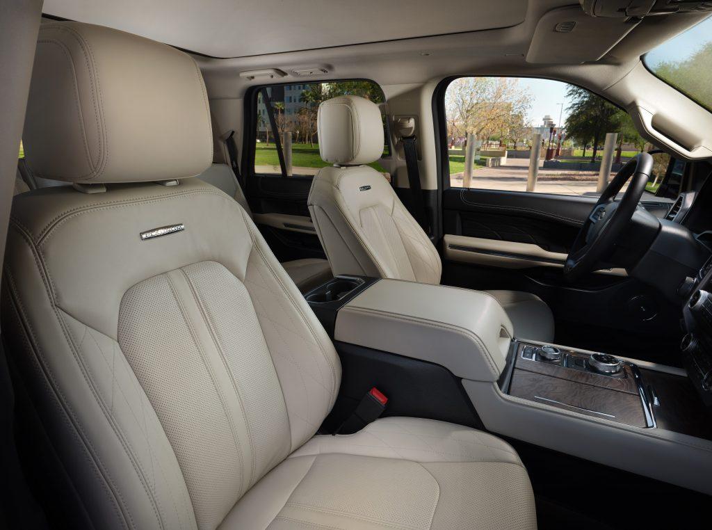 2020 Ford Expedition Platinum cloth interior