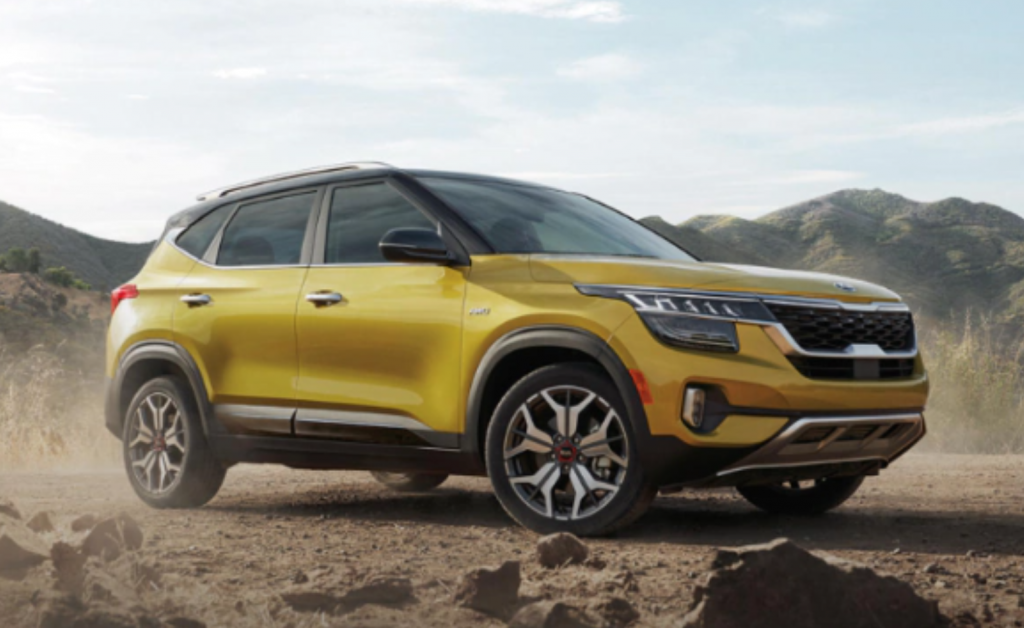 Kia Seltos Off-roading in rugged terrain
