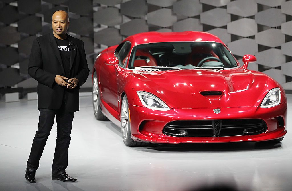 Ralph Gilles introduces the Viper