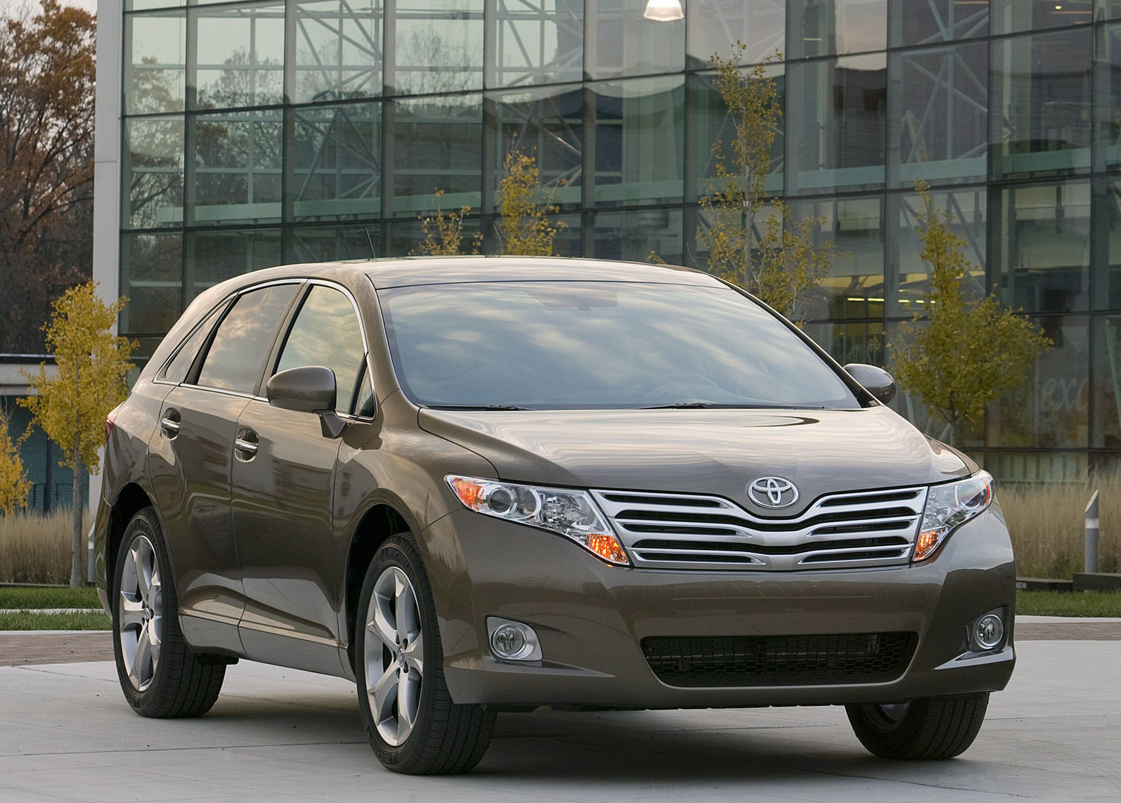 The Original Toyota Venza Was (Kind Of) Ahead of Its Time