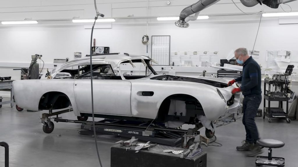 Hand-assembled continuation series DB5 Aston Martin Goldfinger replicas in the workshop bei