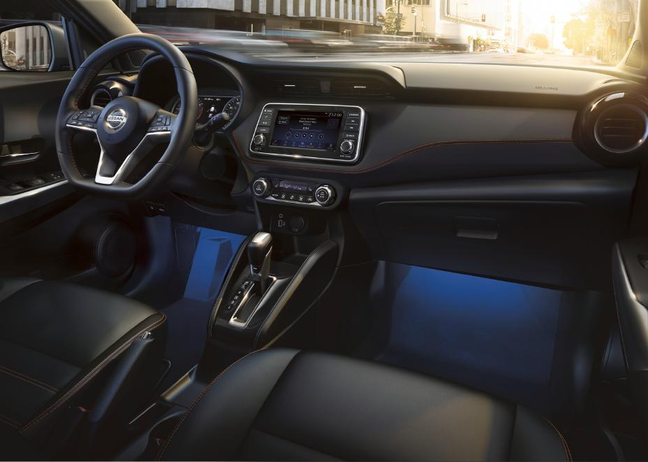 dash view of the 2020 Nissan Kicks interior