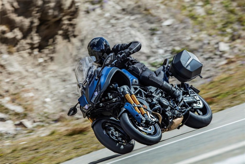 Blue 3-wheeled 2019 Yamaha Niken GT