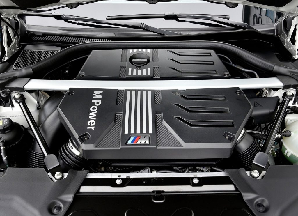 The 2020 BMW X3 M Competition's 3.0-liter twin-turbo six-cylinder engine