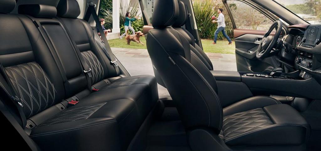 2021 Nissan Rogue interior seats