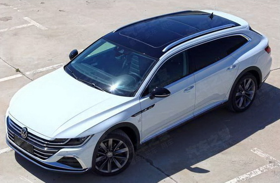 2021 VW Arteon Shooting Brake wagon overhead view showing panoramic top