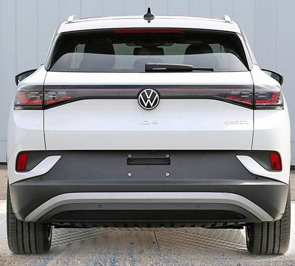 2021 VW ID.4 Cross EV rear view in white