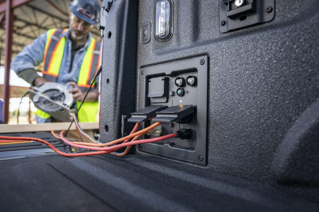 New outlets on the F-150