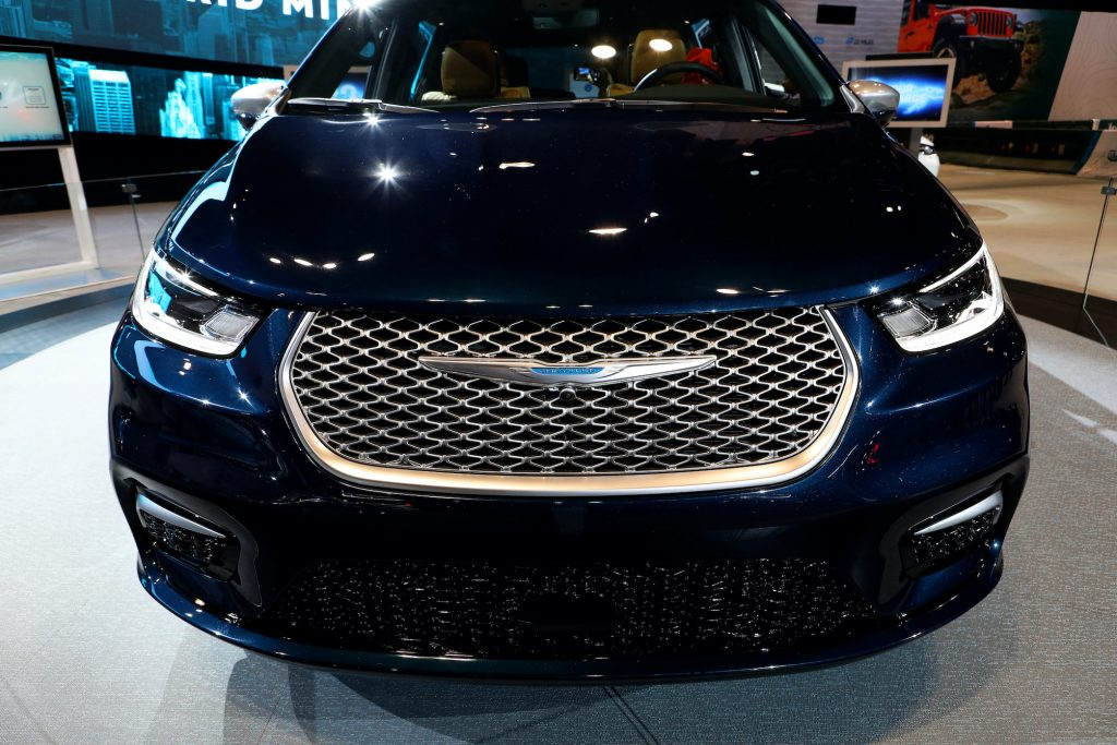 2021 Chrysler Pacifica Pinnacle is on display at the 112th Annual Chicago Auto Show