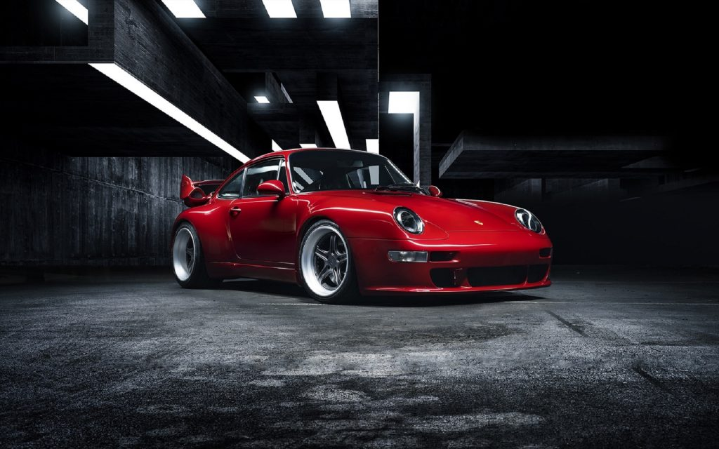 Red Gunther Werks 400R in a concrete building