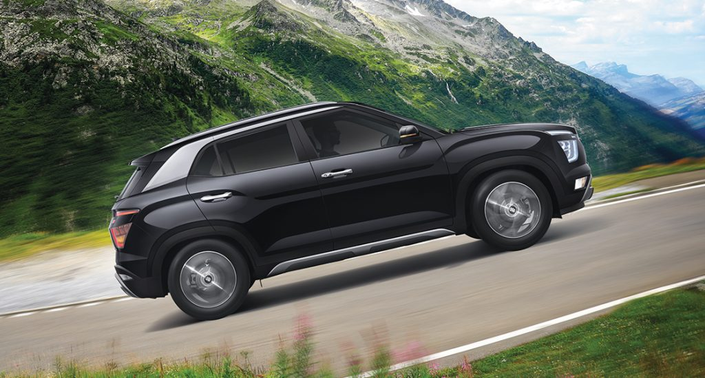 Hyundai Creta driving up steep mountain incline