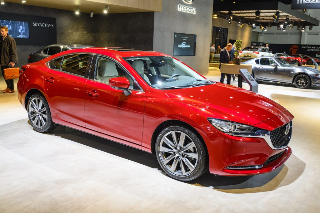 MAZDA6 SEDAN on display at Brussels Expo. New models don't have any complaints filed yet.