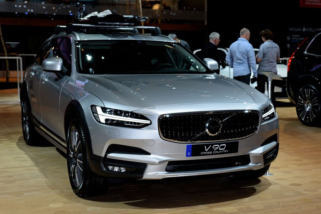 The Volvo V90 Cross Country on display at the Brussels Motor Show